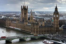 Visite des souverains britanniques - Tours du palais de Westminster et Arc de triomphe