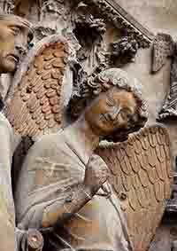 Le sourire de l'Ange de la cathédrale de Reims ( Timbre N° 256 de 1930 )
