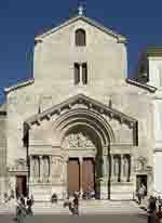 Cloitre de St Trophime à Arles